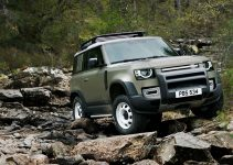 2022 Land Rover Discovery Commercial, Inside, Brochure